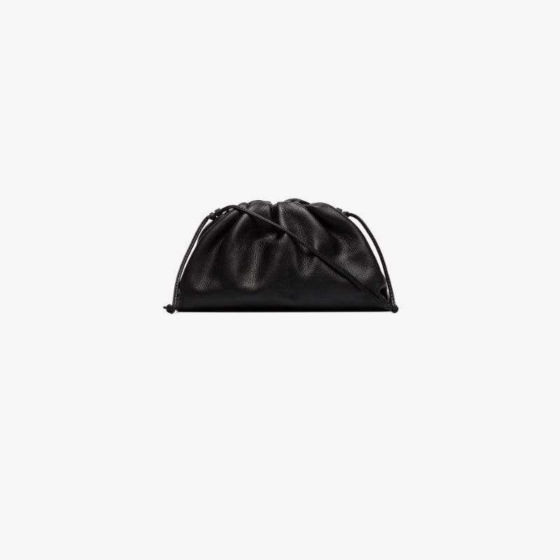 Bottega Veneta Womens Black The Pouch 20 Leather Shoulder Bag